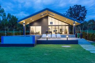 Uniquely Designed Luxurious Lake Front Pool Villas near Banyan Golf