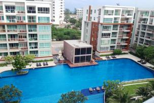 2 bedroom corner unit at newly completed condominium in Khao Takiab
