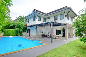 Beautiful 4 bedroom Pool Villa inside Popular Heights II project near Khao Tao Beach (Resell, Fully Furnished)