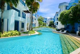 Duplex 3 Bedroom Unit inside Exclusive Beachfront Condominium Near Palm Hills Golf