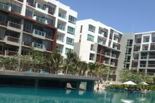 2 bedroom sea view unit in Popular SeaCraze condominium