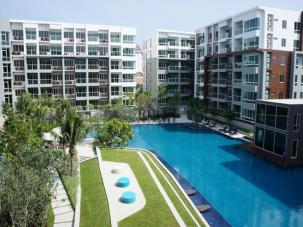 One bedroom sea view unit at newly completed Sea Craze condo
