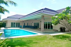 Spacious 3 Bedroom Pool Villa near Palm Hills Golf in Secured Compound