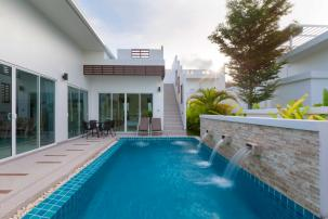 New 2 bedroom pool villa with roof top terrace near Sai Noi Beach
