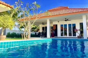 3 Bedroom Quality Pool Villa only 15 Min from Bluport