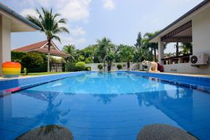 Beautiful 3 Bedroom Pool Villa in Popular Smart House Project next to Black Mountain