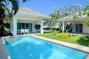 Beautifully Decorated 3 Bedroom Pool Villa inside Popular Ave 88 Project (completed, fully furnished)