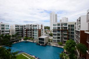 Excellent Pool View 2 Bedroom Unit at Sea Craze Condo in Khao Takiab