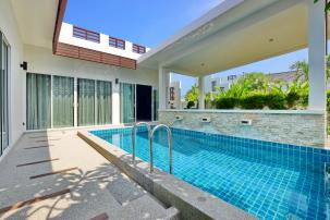 Beautiful 2 Bedrooms Pool Villa Near Sai Noi Beach