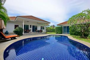 Quality 3 Bedroom Pool Villa very close to Black Mountain Golf (completed)