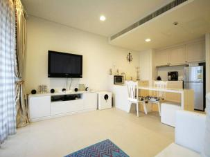 Beautiful 1 Bedroom Unit inside a New 5 Star Hotel/Condominium
