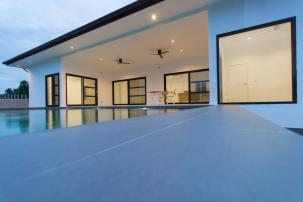 Superb Quality 3 Bedroom Pool Villa with Stunning Mountain View n