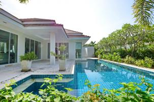 Beautiful 3 Bedroom Pool Villa on Popular Red Mountain Project off Soi 88 (Completed & Resell)